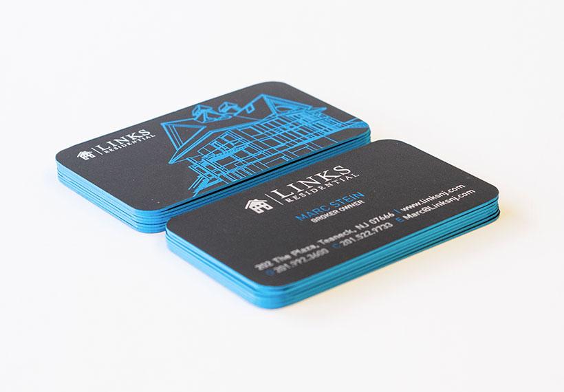 Silver-Foil-Plastic-Business-Cards